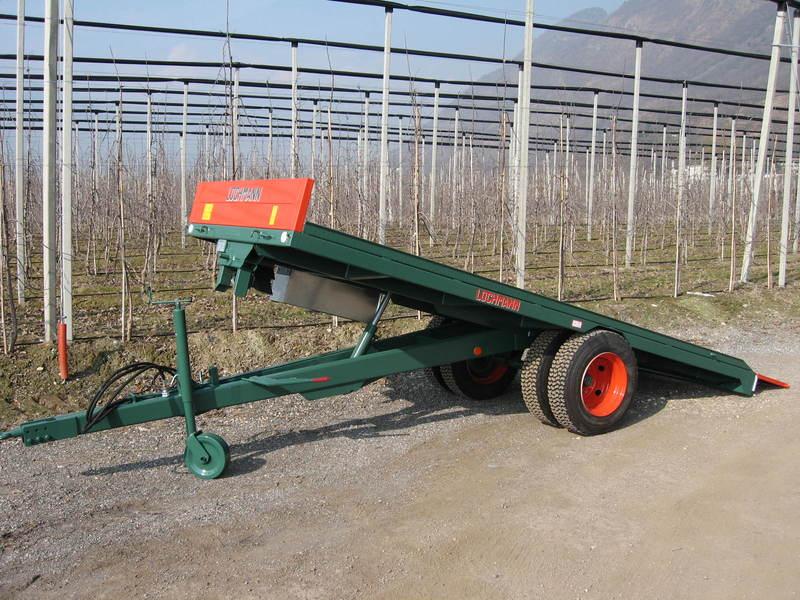 Rimorchi agricoli usati per trasporto cingolati pompa for Lochmann rimorchi usati