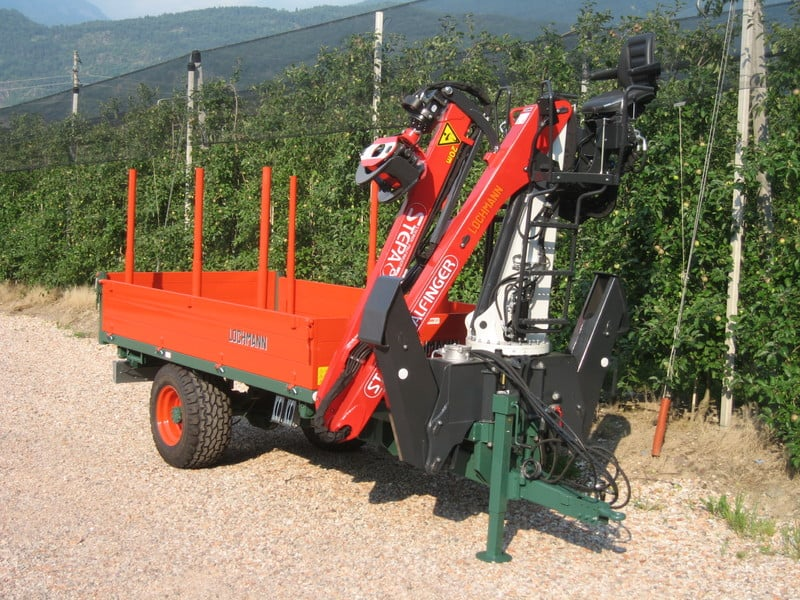 Prodotti lochmann costruzione rimorchi for Rimorchio doppio uso usato